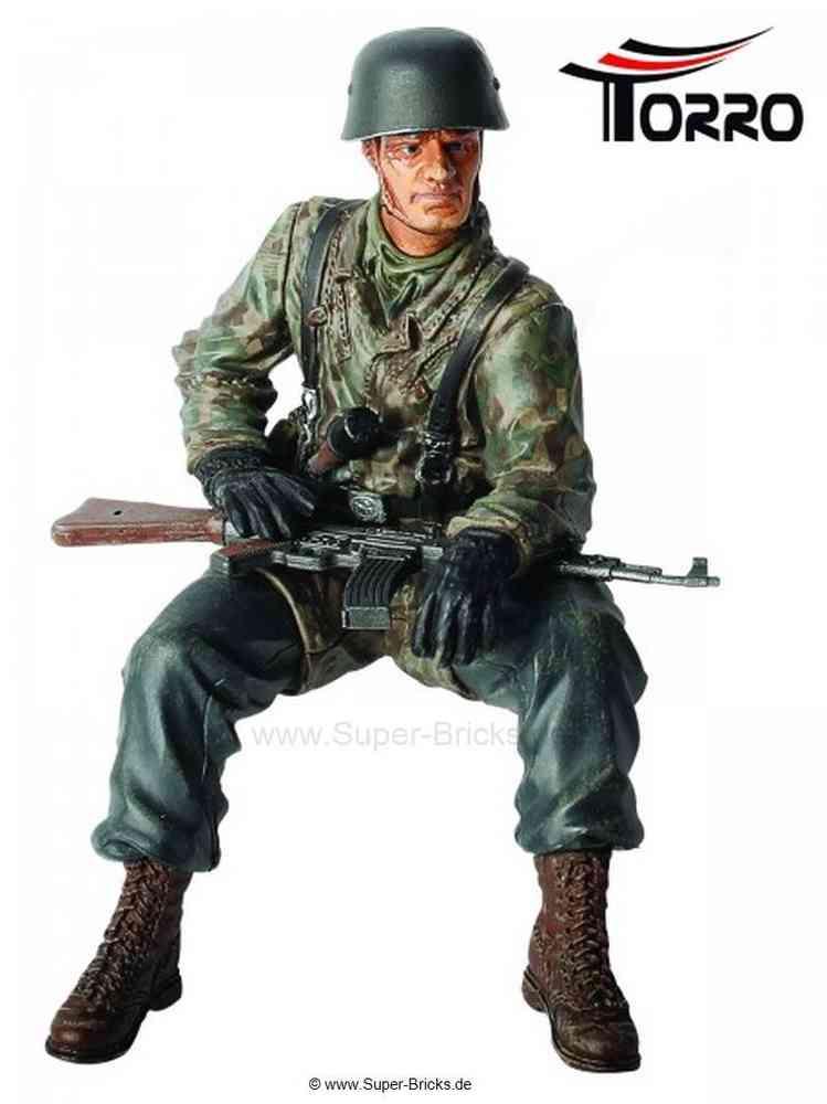 Torro Figur Panzerkommandant Gerhardt Bergmann 1:16