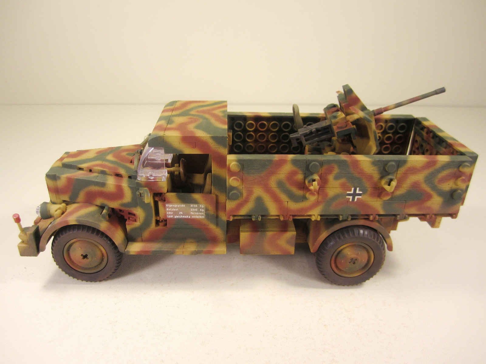 Cobi_2455_MB_L3000_www.super-bricks.de_camouflage_paint_Small_Army_Tarnung_01