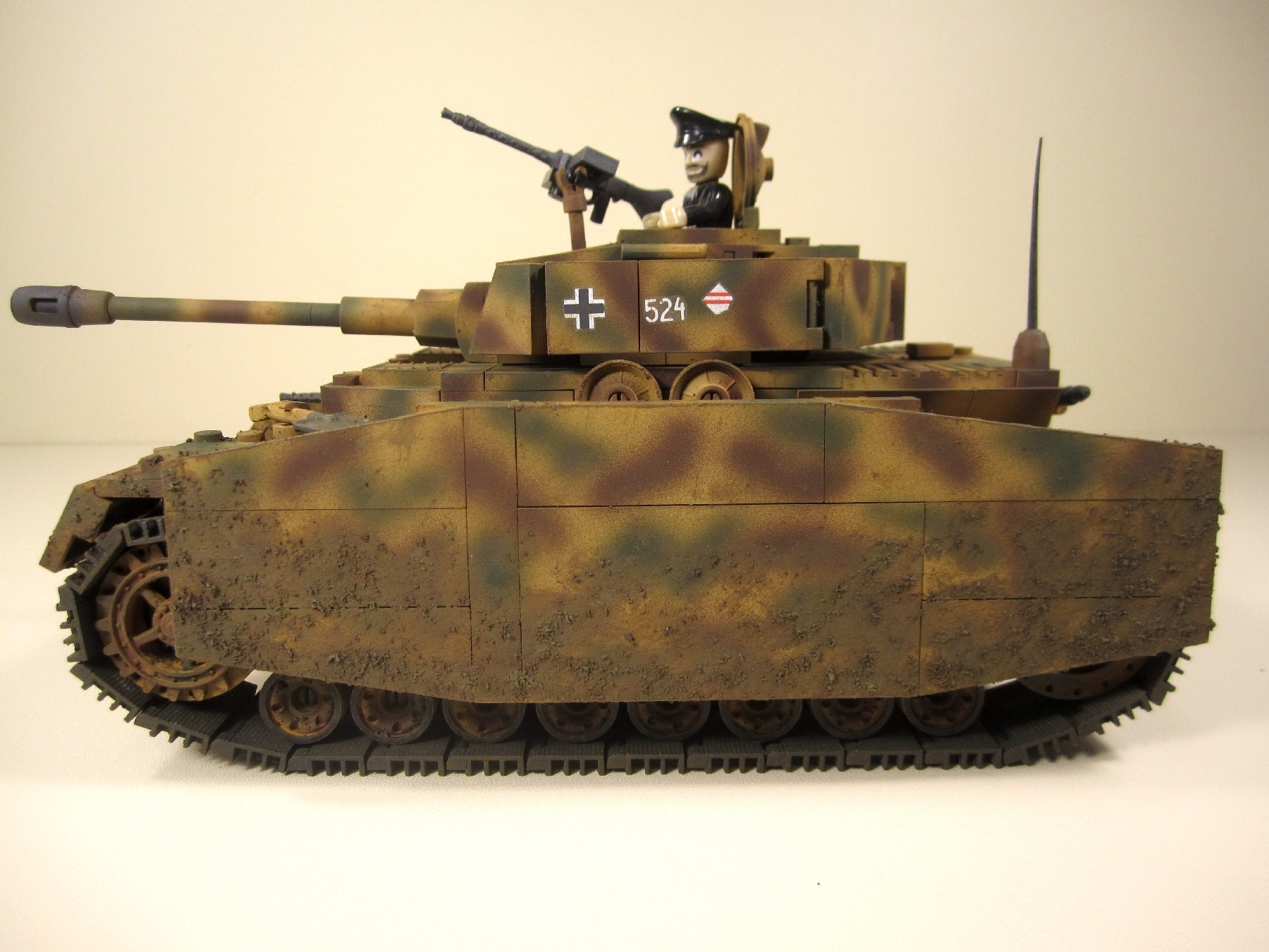 Cobi_2508_PzKpfw_IV_G_www.super-bricks.de_camouflage_paint_Small_Army_Tarnung_1
